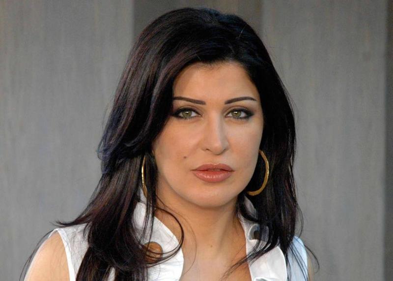 الفنانة التونسية تتصدر تويتر مصر حلا شيحة تكتشف سر تسريب فيديو